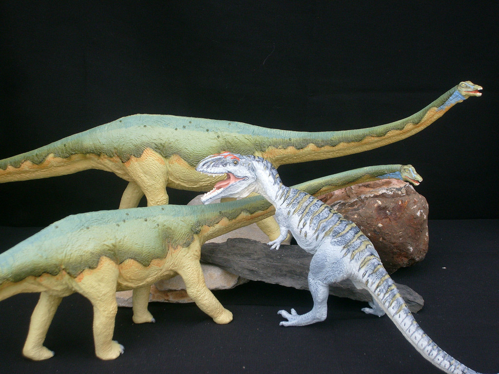 new 2008 dinosaur figures